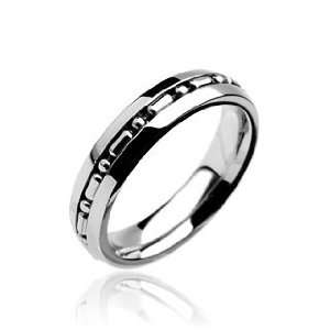 Stainless Steel Ring with Small Chain Centered Band   Size 5 13, 11