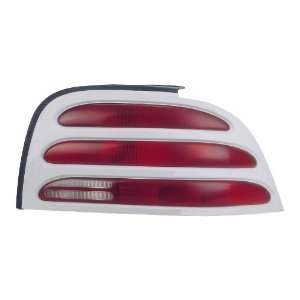 FORD MUSTANG PAIR TAIL LIGHT 94 95 NEW Automotive
